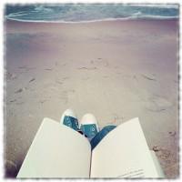 Strand und Chucks und weicher Rand